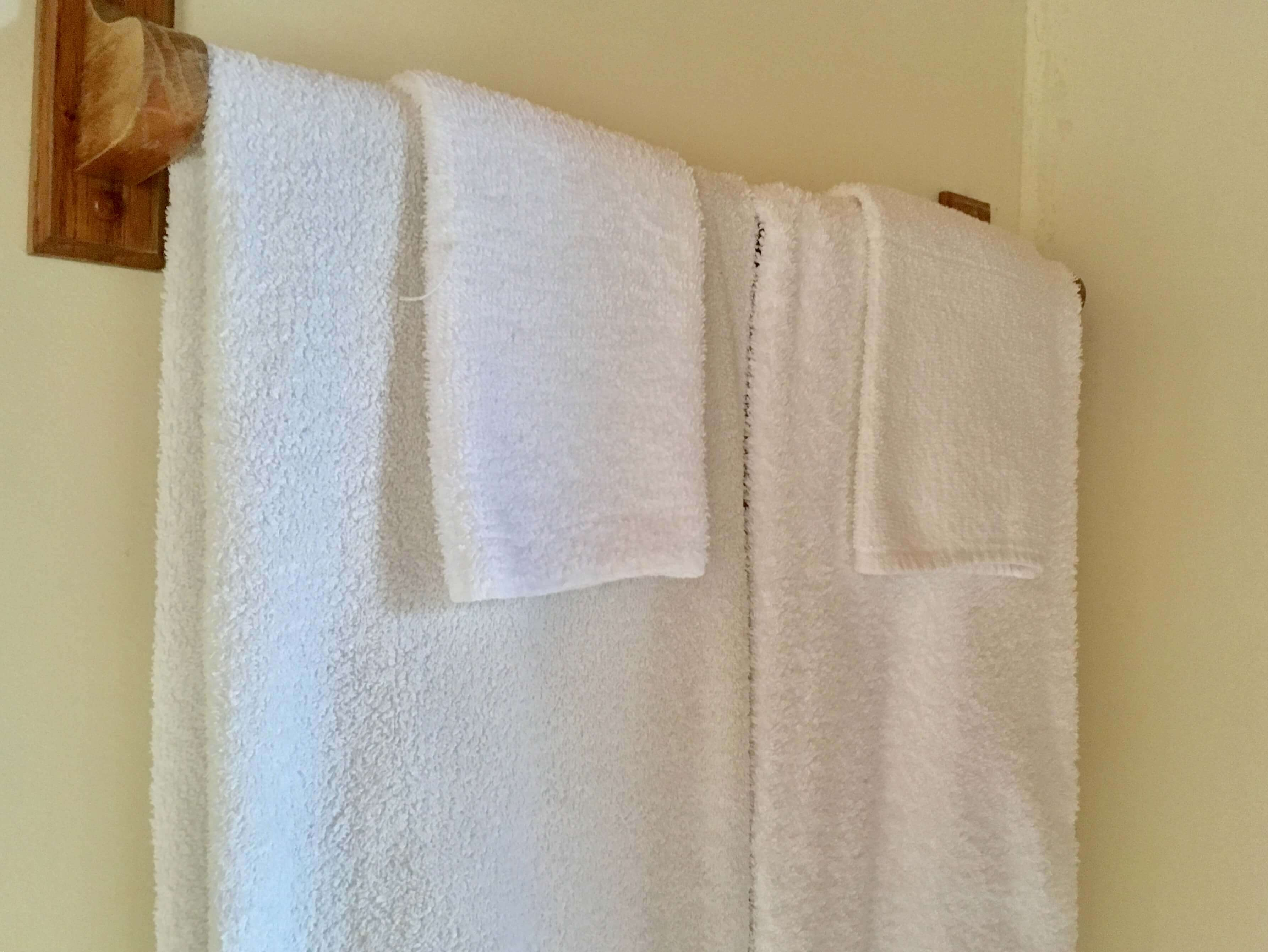 volcano lodge- volcano inn - kea towel